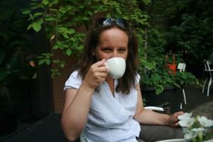 Samia Zitouni na kavi Velvet